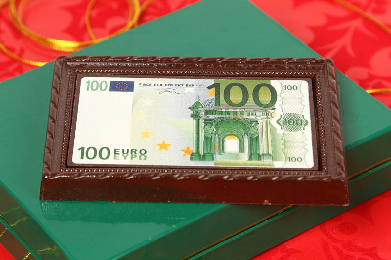 Chocolate Money - 90g 100 EUR Framed Chocolate Picture in a box with magnet