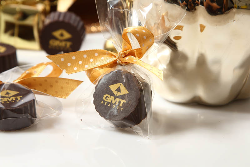 Personalized Chocolate - 13g Praline with Hazel Nut Cream Filling in a polybag with Ribbon