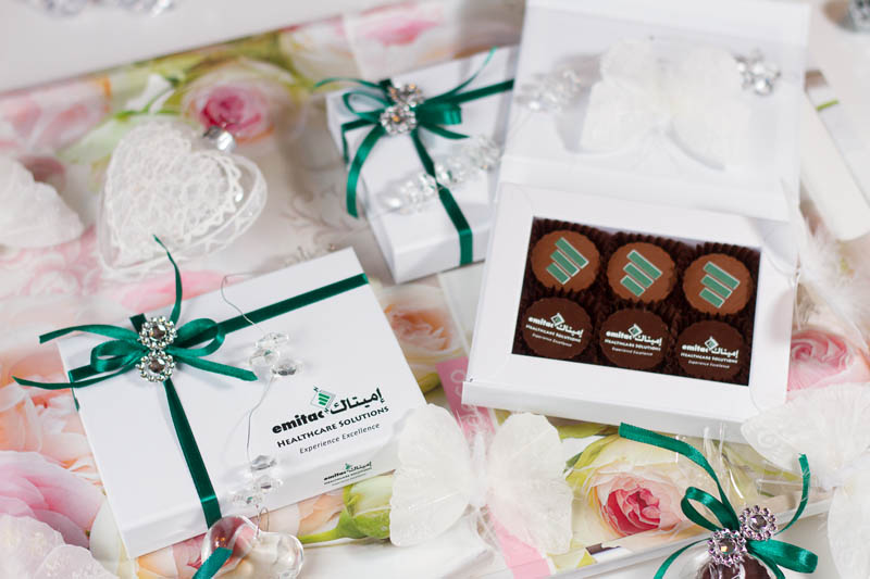 Gift Boxes - 6 Pralines with Hazel Nut Cream Filling in a Box with Magnet, 78g (13g x 6 pc)