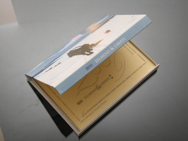 Vip Gifts - Promotional Chocolate Bar in a box with magnet, 275g